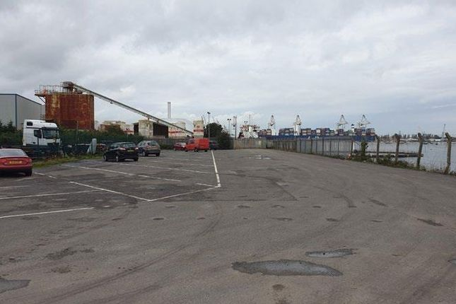 Thumbnail Warehouse to let in Marchwood Industrial Park Units, North Road, Southampton, Hampshire