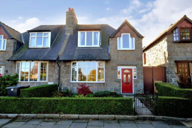 Thumbnail Semi-detached house to rent in Brighton Place, Aberdeen, 6Rt