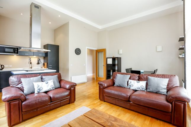 3 bed flat to rent in Gilbert Scott Building, Scott Avenue, London