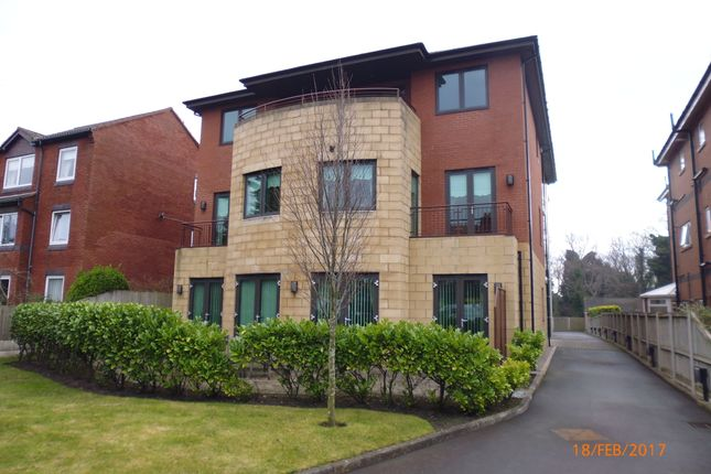 Thumbnail Flat to rent in Queens Road, Southport