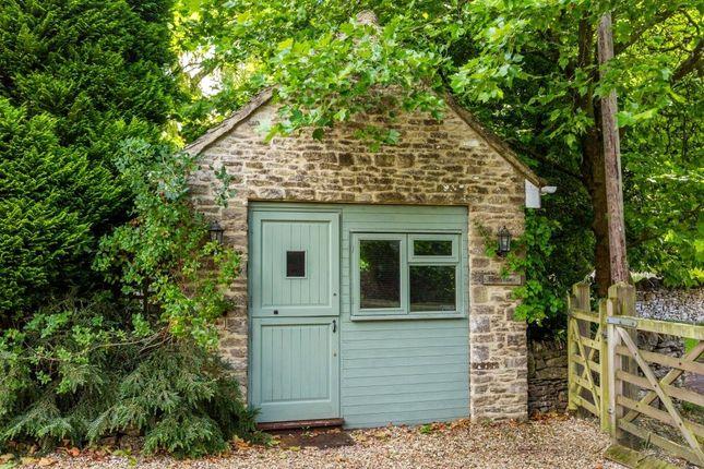 Room 8 of Elkstone, Cheltenham, Gloucestershire GL53
