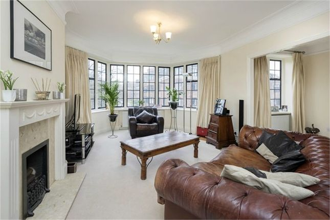 Thumbnail Flat for sale in Selwyn House, Manor Fields, London