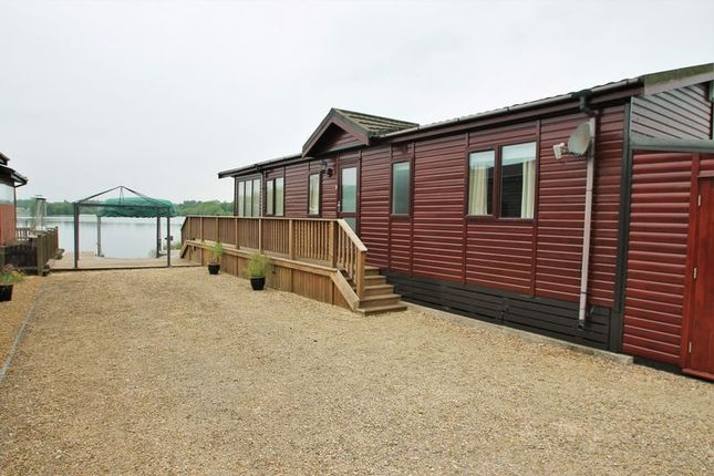 Thumbnail Lodge for sale in Whelford Road, Fairford, Gloucestershire.