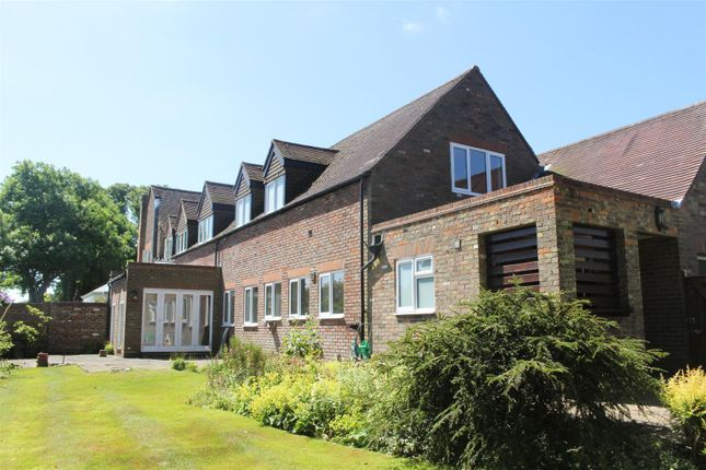 Thumbnail Property to rent in Little Gaddesden House, Little Gaddesden, Nr Berkhamsted
