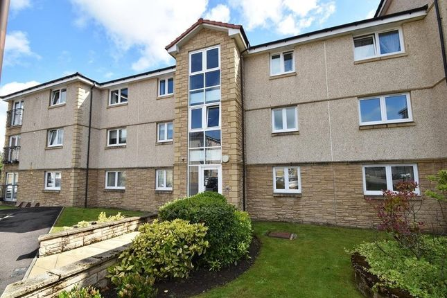 Thumbnail Flat for sale in Newlands Court, Bathgate