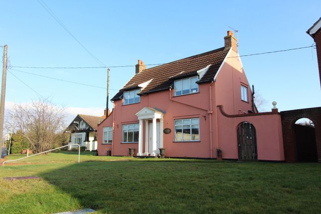 Thumbnail Detached house to rent in Gorleston Road, Oulton, Lowestoft