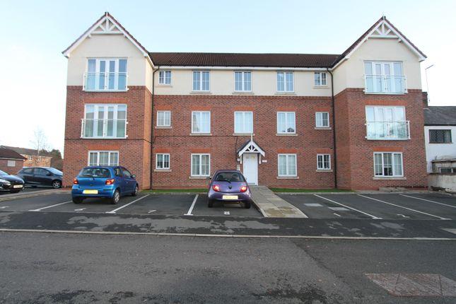 Thumbnail Flat to rent in Ty Caernarfon, Saltney, Flintshire
