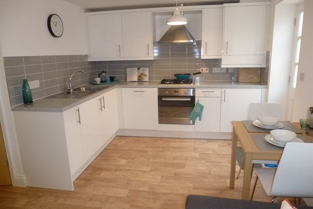 Thumbnail Flat for sale in Minstergate, Thetford