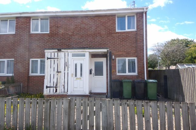 Thumbnail Flat to rent in Arundel Close, Bedlington