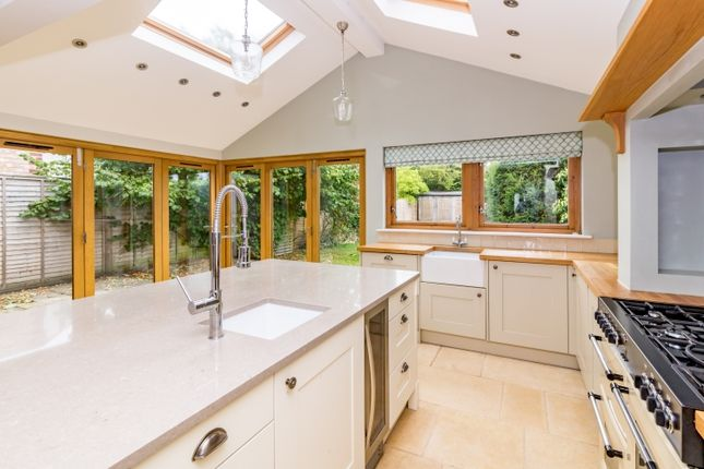 Thumbnail Semi-detached house to rent in Middle Way, Oxford