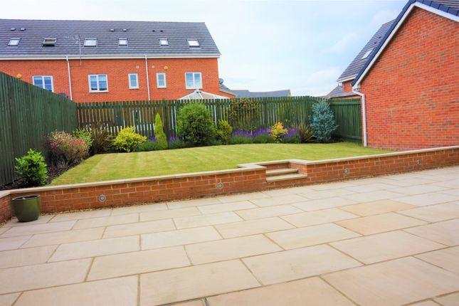 5 bed detached house for sale in Twentyman Walk, Leeds