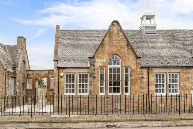 Property for sale in 113c Main Street, Winchburgh