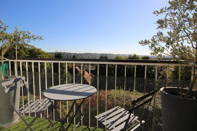 2 bed flat to rent in Beech House Ancastle Green, Henley-On-Thames RG9