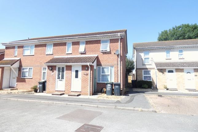Thumbnail Terraced house to rent in Honeysuckle Close, Gosport