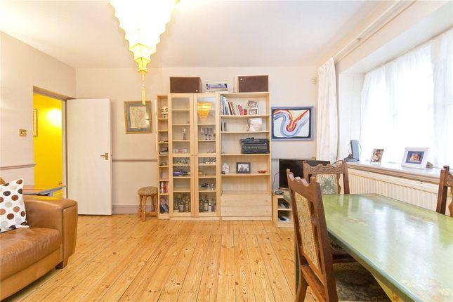 Thumbnail Flat to rent in Burnham Street, Bethnal Green