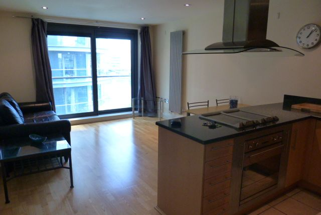 Thumbnail Flat to rent in Millharbour, Docklands