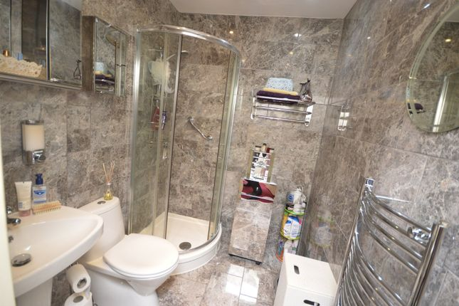 Shower Room of Willow Grange, Tilley Close, Hoo, Rochester ME3