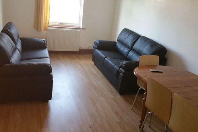 Thumbnail Flat to rent in Spenceley Street, Leeds
