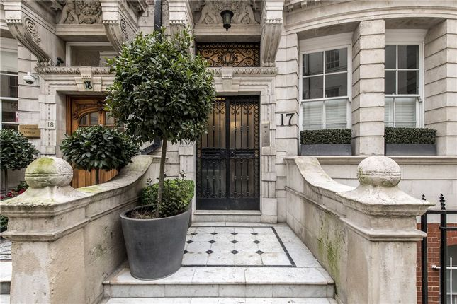 Picture No. 06 of Dunraven Street, Mayfair W1K