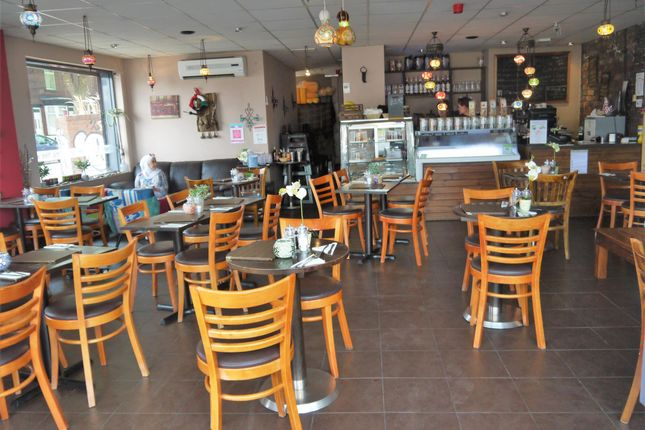 Thumbnail Restaurant/cafe for sale in Cafe & Sandwich Bars S8, South Yorkshire