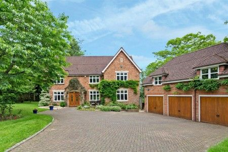 5 bed property for sale in Woodside Drive, Sutton Coldfield, Staffordshire