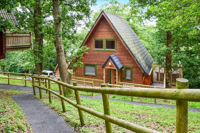 Thumbnail Mobile/park home for sale in Finlake Holiday Park, Chudleigh, Newton Abbot