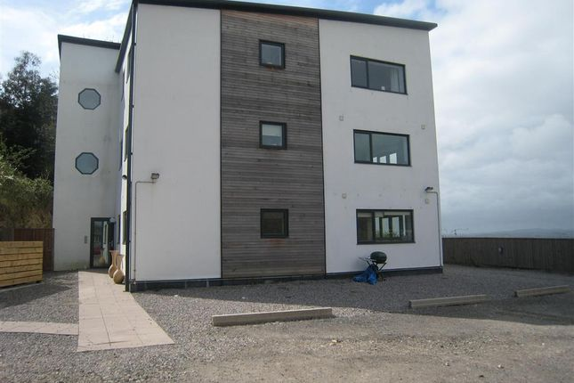 Flat to rent in Budshead Road, Crownhill, Plymouth