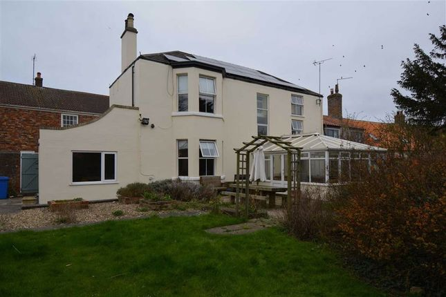 Thumbnail Property for sale in High Street, Bridlington, East Yorkshire