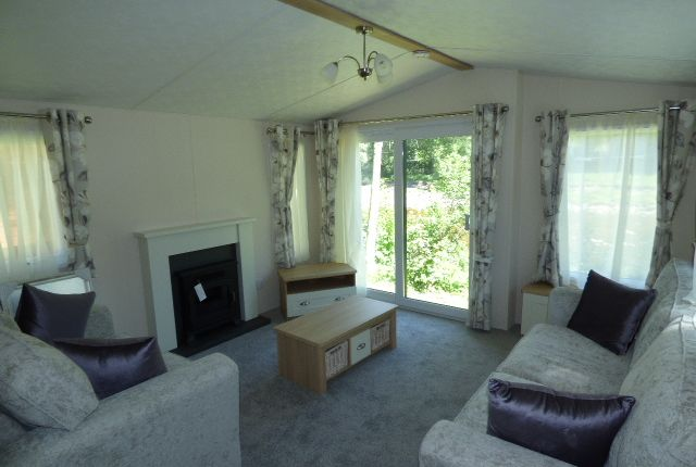 Lounge of Slaggyford, Brampton CA8