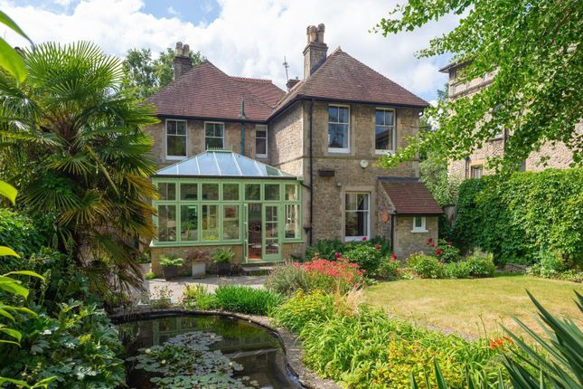 Thumbnail Detached house for sale in Tonbridge Road, Maidstone