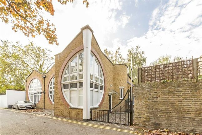 Thumbnail Terraced house for sale in Lonsdale Place, London