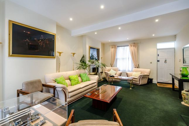 Thumbnail Terraced house to rent in Westmoreland Terrace, Pimlico