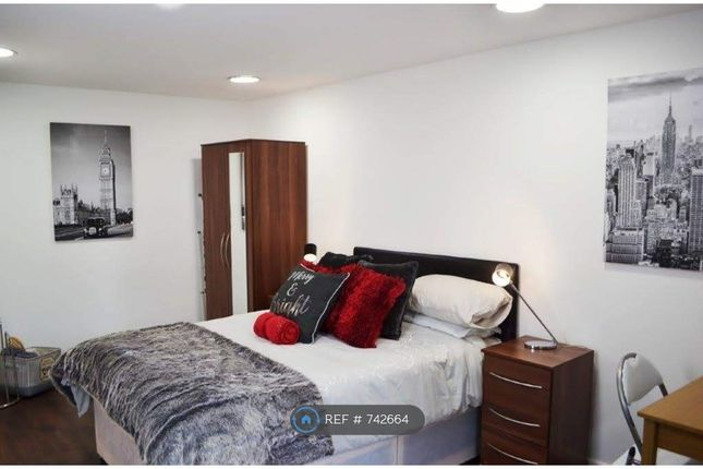 Studio to rent in Whitley Village, Coventry