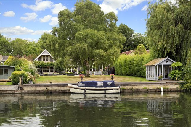 Thumbnail Detached house for sale in Preston Crowmarsh, Wallingford, Oxfordshire