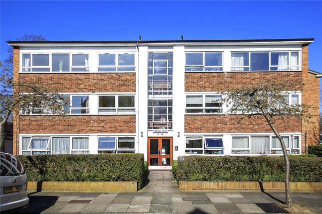 Thumbnail Flat to rent in Tunstall Court, Hatherley Road, Kew