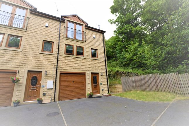 Thumbnail Town house for sale in Windmill Terrace, Berry Brow, Huddersfield