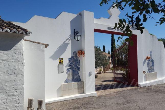 Thumbnail Villa for sale in Santa Barbara De Nexe, Faro, Algarve, Portugal