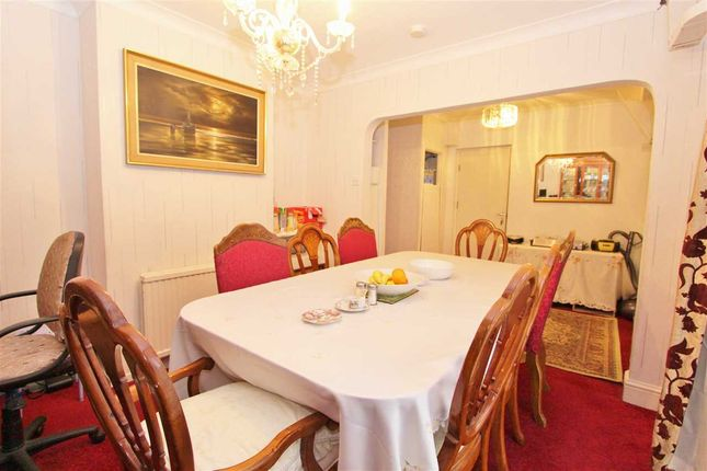 Dining Room of Honister Gardens, Stanmore HA7