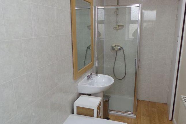 Bathroom of Windmill Hill, Wibsey, Bradford 6 BD6