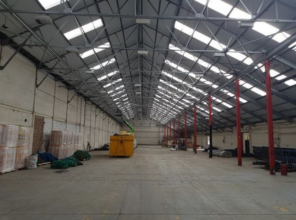 Thumbnail Warehouse to let in Orion Trade Centre, Trafford Park