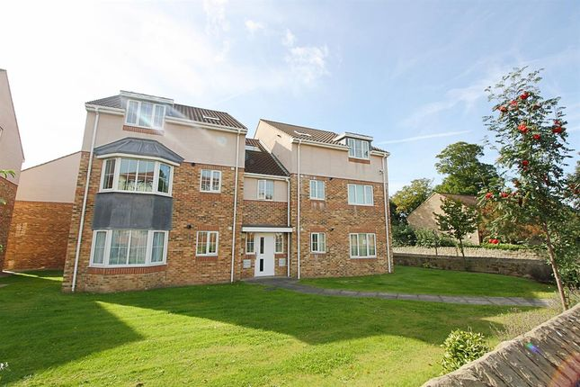 Thumbnail Flat to rent in Hawthorn Close, Benwell, Newcastle Upon Tyne