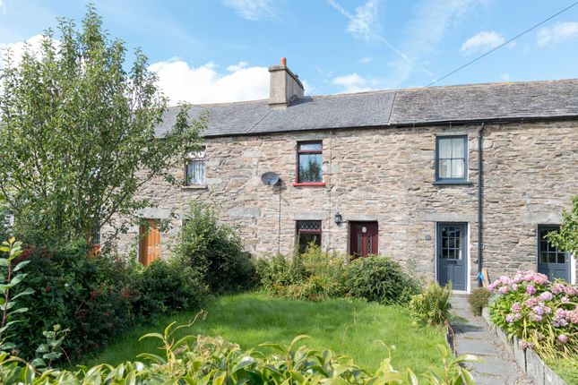 Thumbnail Cottage to rent in Long Row, Kirkby-In-Furness
