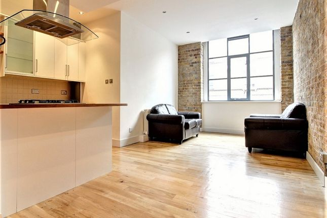 Thumbnail Flat to rent in Saxon House, Thrawl Street, Shoreditch