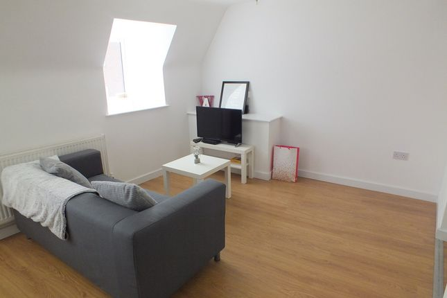 1 bed flat to rent in High Street, Bromsgrove B61