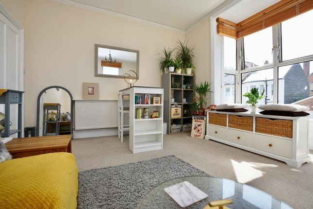Thumbnail Flat for sale in Cowper Street, Hove