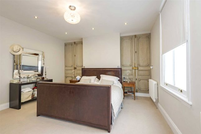 4 bed property for sale in Belgrave Gardens, St John's Wood