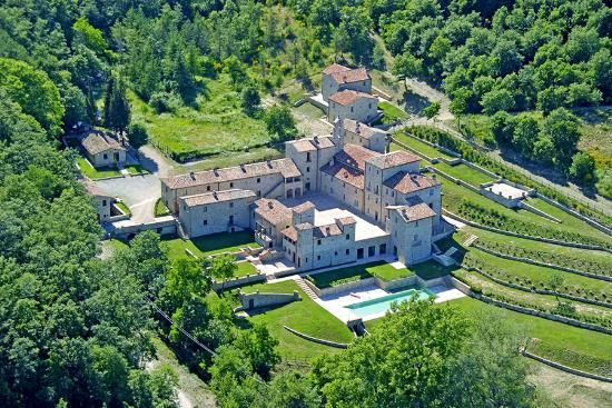 35 bed detached house for sale in Allerona, Terni, Umbria, Italy