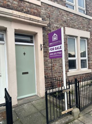 3 bed flat for sale in Beaconsfield Street, Arthurs Hill, Newcastle Upon Tyne NE4