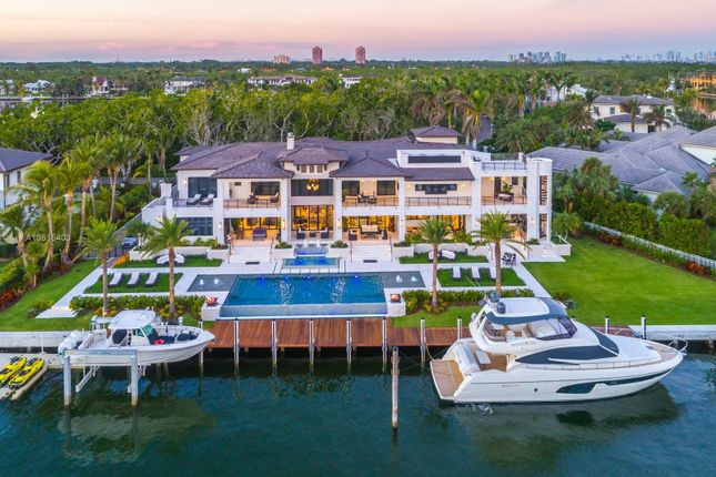 Villa for sale in Coral Gables, Miami-Dade County, Florida, United States