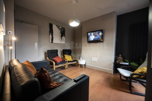 Thumbnail Shared accommodation to rent in Brookside Terrace, Chester, Cheshire West And Chester